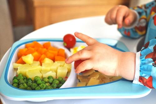 bébé manger legumes